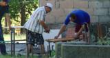 Подготовка к учебному году: в Глодянском районе в школе пилят парты