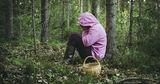 Заблудившаяся в лесу 12-летняя девочка найдена
