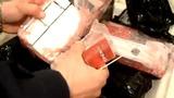 Гражданка РМ пыталась спрятать контрабандные сигареты в бутылках вина