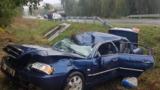 Водитель попал в реанимацию, потеряв управление и перевернувшись на трассе
