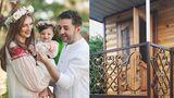 У трехлетней дочери Адриана Урсу есть свой дом