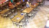 В американском ресторане сняли на видео «призрака»