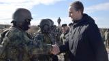 Еуджен Стурза: Молдова закупает летальное оружие