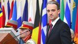 Министр обороны встретится с представителями НАТО в Брюсселе
