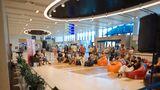 В аэропорту Кишинева установили уникальную видеостену