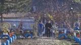 Житель Приднестровья несколько лет украшает родное село