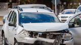 Две машины Dacia не разъехались на перекрестке: водитель в больнице
