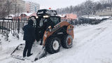 В Молдове предлагают платные услуги по очистке дворов от снега