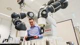 Аналитики: Роботы уничтожают недостаточно рабочих мест