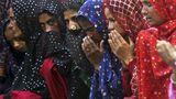 В Шри-Ланке мусульманок попросили открыть лица после терактов
