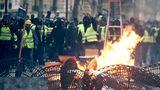 Бензиновые протесты обвалили экономику Франции