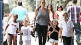 Джоли получила временную опеку над детьми