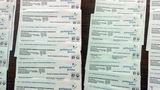 Житель Кишинева обнаружил в подъезде счета за электричество