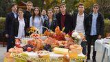 """Ученики лицея """"Оризонт"""" провели благотворительную ярмарку"""
