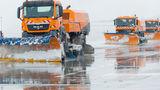 Аэропорт справился со снегопадом и работает в обычном режиме ®