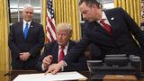 Трамп подписал указ о реформе здравоохранения