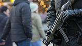 У двух предполагаемых террористов в Германии нашли оружие и флаги ИГ