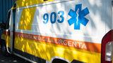 Accident grav: Maşină făcută zob de copac. Trei copii, la spital