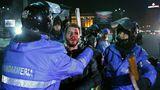 Массовый протест в Румынии закончился столкновениями с полицией