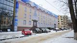 В центре Кишинева здание швейной фабрики обтянули фальшивым фасадом