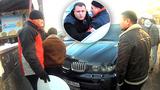 """Șoferul unui BMW X5 furios din cauza autocolantului """"StopHam"""""""