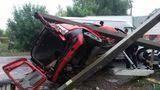 Утреннее ДТП в Бельцах: водитель снёс два столба