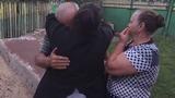 Не приезжавшая 10 лет в Молдову женщина, устроила родителям трогательный сюрприз