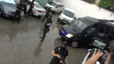 Правоохранители в масках окружили здание суда, куда доставлен Платон