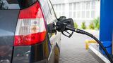 В Молдове существенно подешевеют бензин и дизтопливо