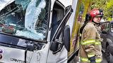 В Кишиневе грузовик врезался в столб
