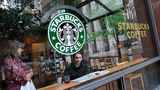 Женщина нашла скрытую камеру в туалете Starbucks