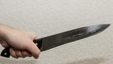 Мужчину из Шолданешт пырнул ножом несовершеннолетний односельчанин