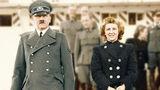 Нижнее белье жены Гитлера продали на аукционе