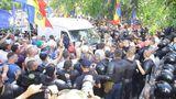 Nu s-au oprit: Sandu și Năstase, cu susținătorii lor la Moldova 1