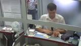 В Кишиневе мужчина выманил у кассира банка $1000