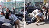 StopHam Moldova: Bătaie cu pumni și picioare în Capitală