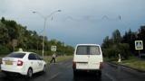На бул. Дачия таксист едва не сбил пешехода на переходе