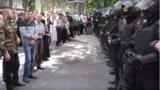 Священники и верующие недовольны действиями полиции в ходе марша ЛГБТ