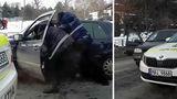 В Кишиневе полицейские применили силу по отношению к водителю