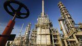 Norvegia renunţă total la acţiunile la companiile de petrol şi gaze