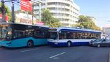 Возле ASEM столкнулись автобус и троллейбус: движение заблокировано