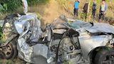 Вблизи Ставчен автомобиль врезался в дерево: водитель госпитализирован