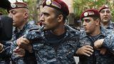 Оппозиционеры в Армении намерены в субботу возобновить акции протеста