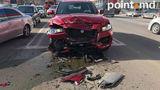 В Кишиневе во время тест-драйва разбили новый Jaguar