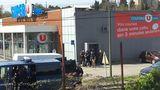 Сторонник ИГИЛ захватил заложников в супермаркете на юге Франции