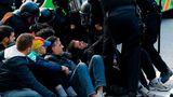 Grevă de amploare în Catalonia: Autostrăzi și trenuri blocate