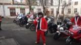 Байкеры Деды Морозы навестили с подарками столичную гимназию-интернат №3