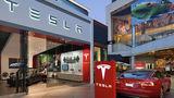 Tesla меняет планы: магазины останутся открытыми, но цены вырастут