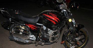 В Фалештах мотоциклист сбил переходившую дорогу женщину.