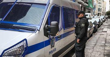 В Афинах произошла стрельба: более сотни задержанных, один человек погиб.